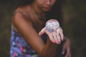 crystal-ball-6102.jpg
